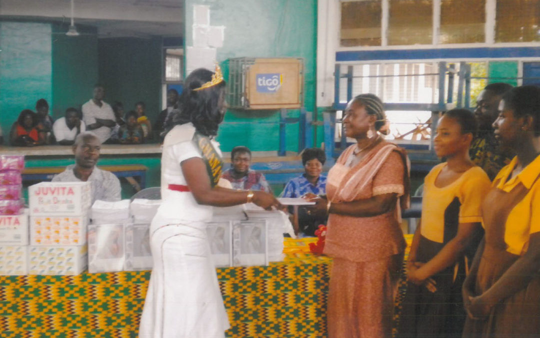 Donation of stationary and beverages to the Demonstration School of the Deaf and Dumb.